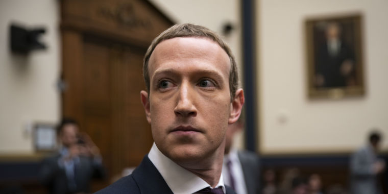 """Zuckerberg faces heat in Congress: """"It's almost like you think this is a joke"""""""