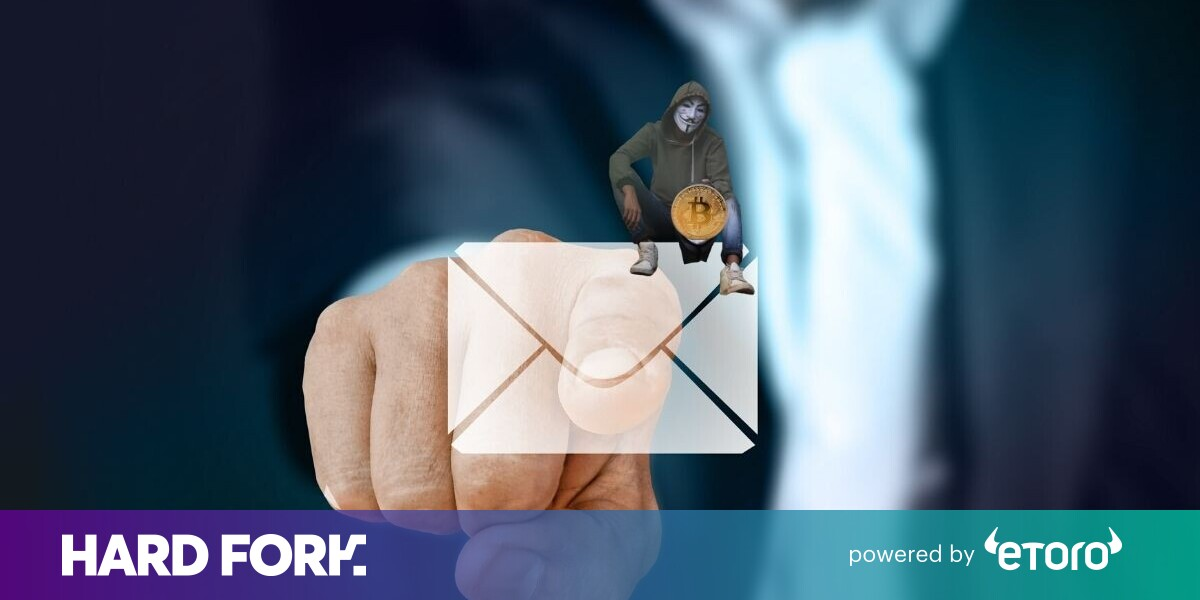 Cryptocurrency exchange BitMEX doxes users in mass email blunder